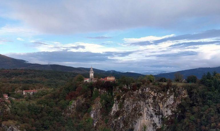 Skojcan Caves